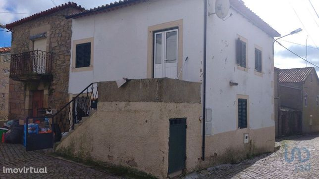 Moradia - 84 m² - T2