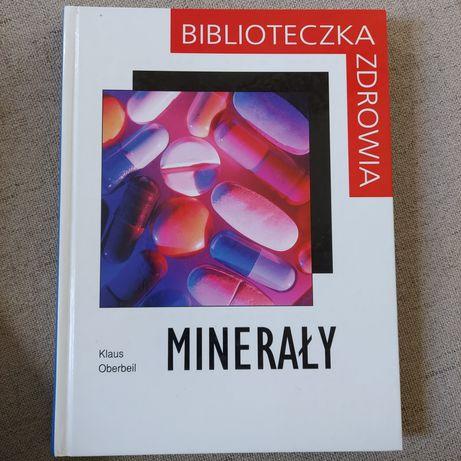 """Książka """"Minerały"""""""
