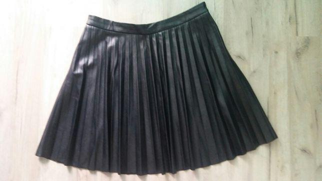 Skórkowe spódniczki
