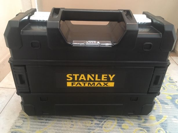 Nivel De Laser de Linhas Verdes em Cruz e 2 Pontos STANLEY®