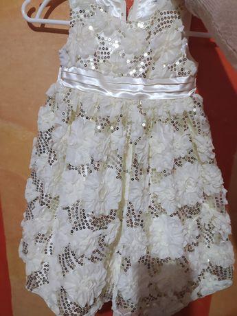 4-5 лет. Платье нарядное Шик в паетках