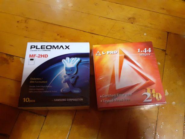 Продам дискеты упаковка 10 шт.