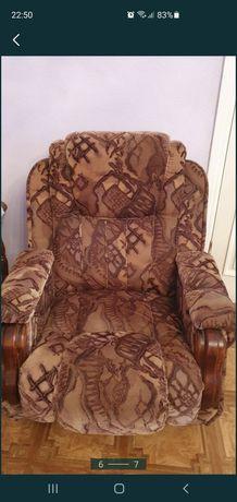 Продам диван велюровый