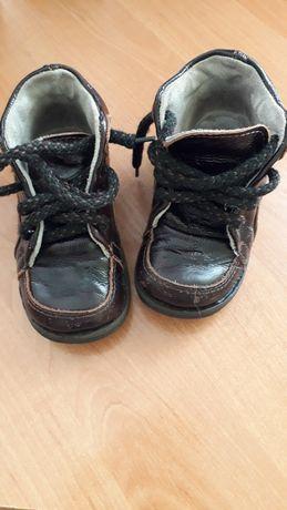 Ботинки кожаные  с ортопедический стелькой (14 см )