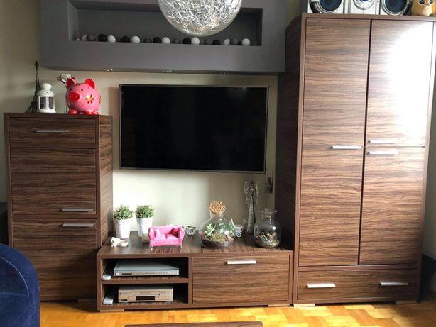 Zestaw mebli: szafa, szafka RTV, szafka, ława, biurko i krzesło