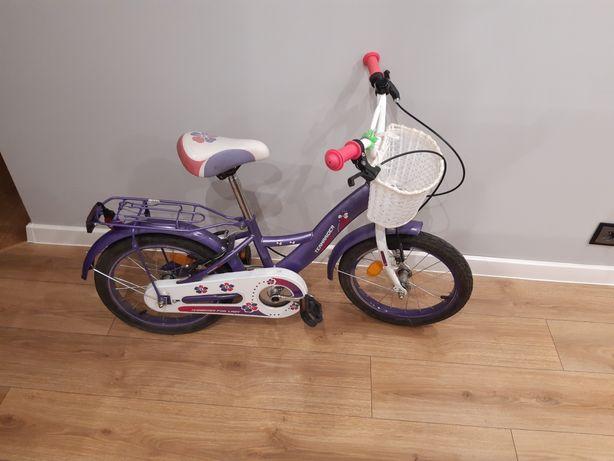 Rowerek dla dziewczynki z bocznymi kółkami