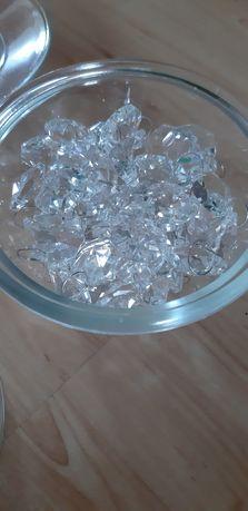 Koraliki, kamyki ozdobne , kryształki