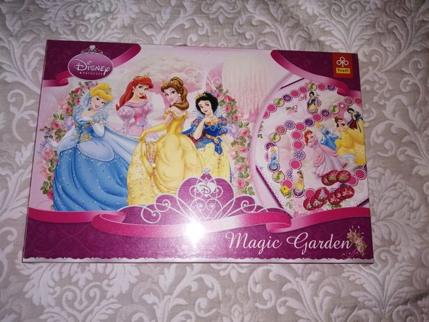 Gra Disney Princess Magic Garden firmy Trefl