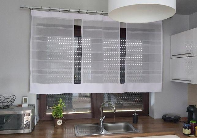 Firana ,panel ,biała ,kuchnia ,pokój
