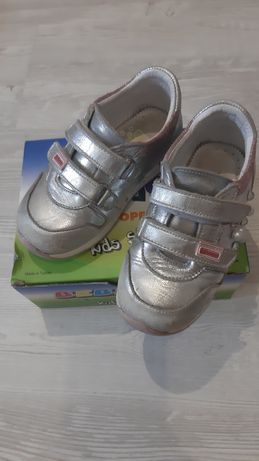 Детская обувь.Ортопедические кросовки Bebetom для девочки