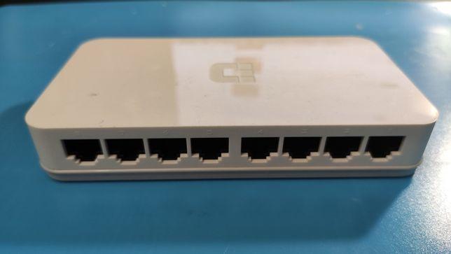 Коммутатор, свитч D-Link DES-1008A