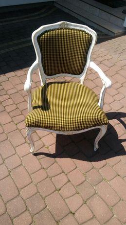 Krzesło - fotel ciekawy