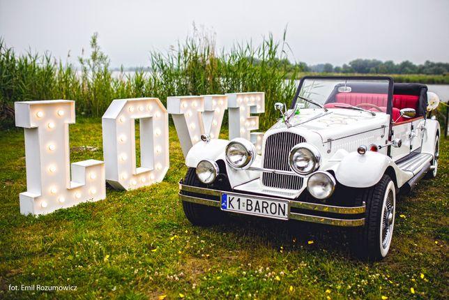 Piękne i stylowe Auto Retro do ślubu