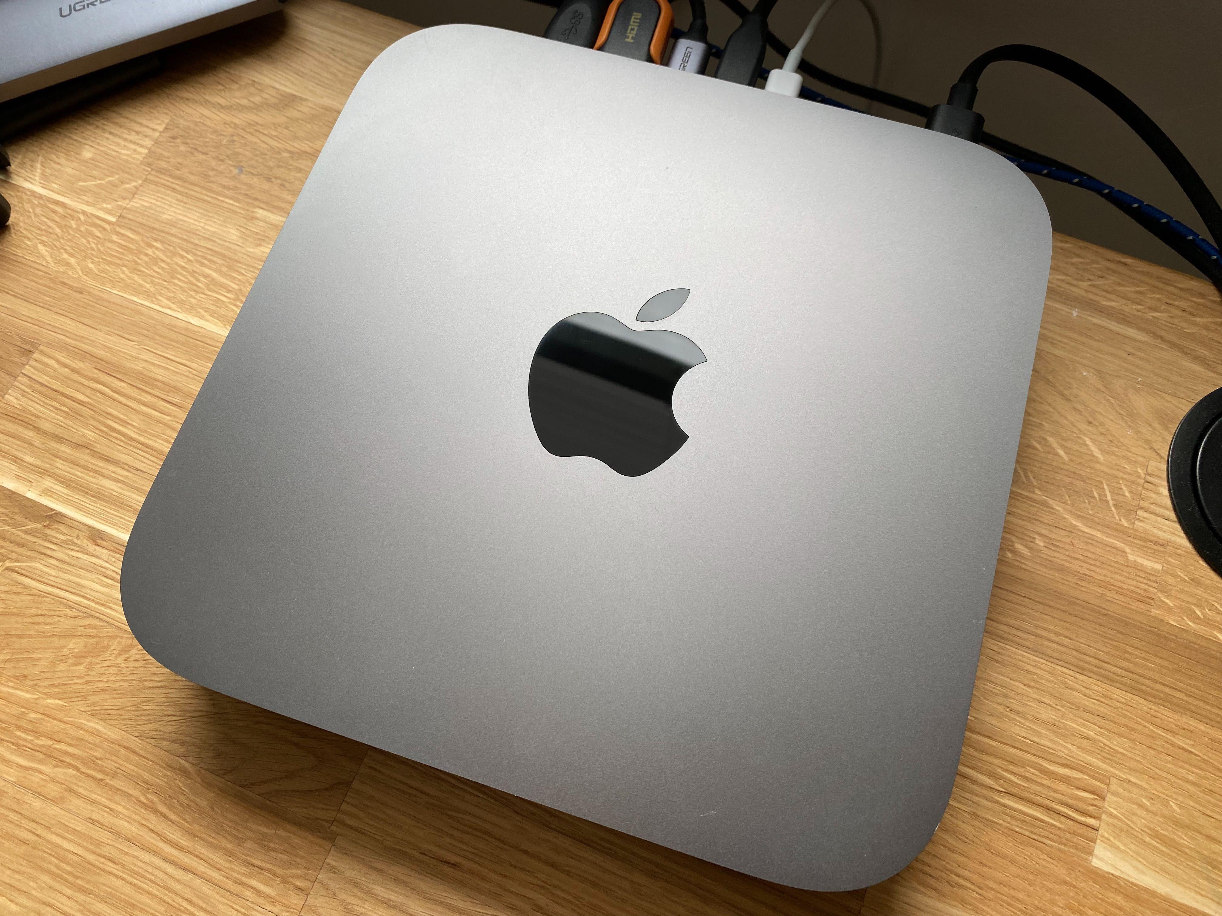 Mac mini (model 2018), 8 GB RAM, 256 GB SSD