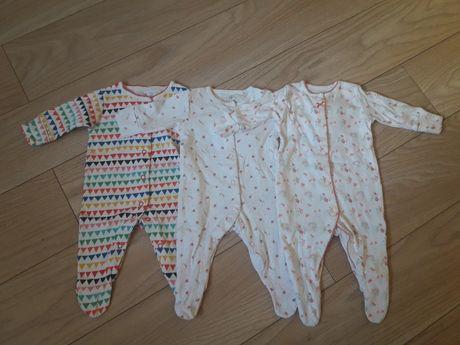 Pajacyki śpiochy piżamka komplet next up to 1month 56-62cm kwiaty azte