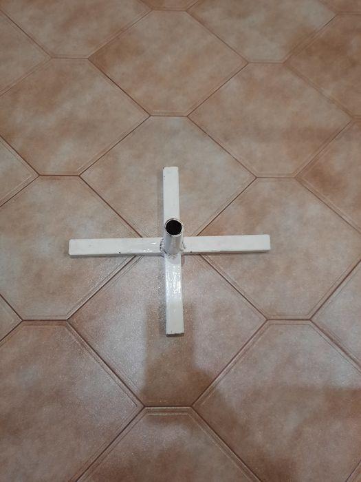 Держатель крестообразный для ёлки Полтава - изображение 1