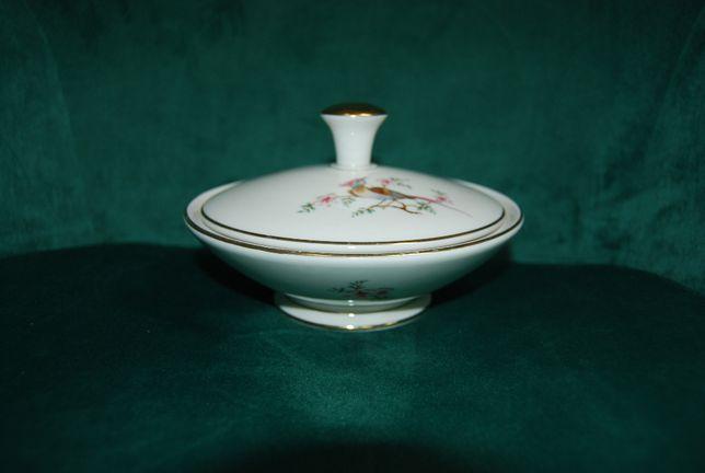 Piękna sygnowana porcelanowa bomboniera Bavaria