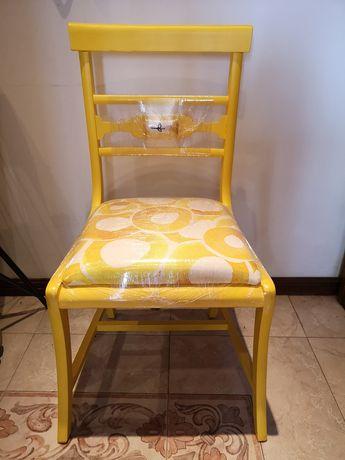Cadeira Amarela, Designer Maria Vinka peça Única.
