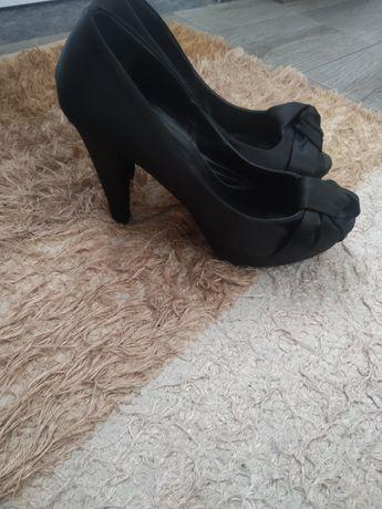 Sapato salto alto 38