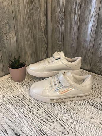 Кросівки для дівчаток 31-36 розмір
