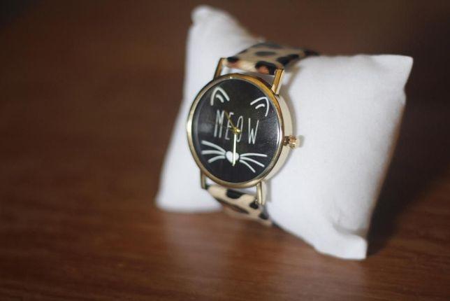 Relógio Senhora Cat / Gato / Meow (NOVO)