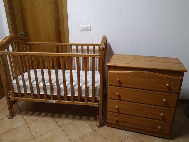 Conjunto de cama e cómoda de criança /bebé da Trama