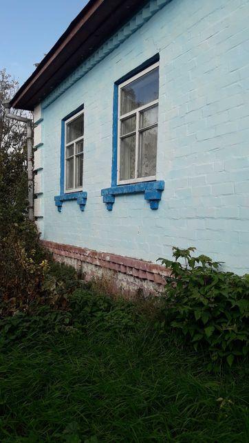 Продам дом с коммуникациями недалеко от Чернигова.