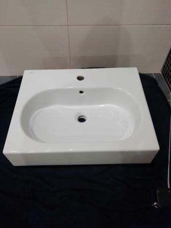 Umywalka łazienkowa firmy koło