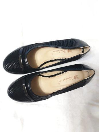 Туфли черные 100 грн