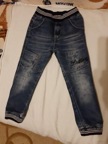 продам детские джинсы и брюки