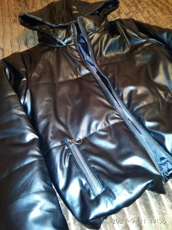 Куртка з еко шкіри
