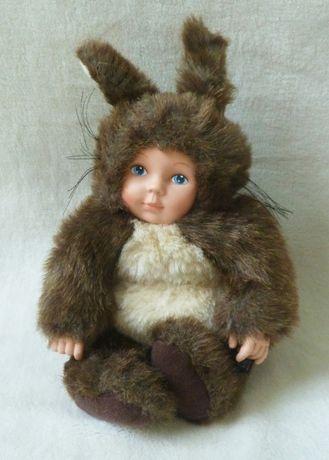 Коллекционная кукла Anne Geddes малыш Белка Бельчонок 26 см