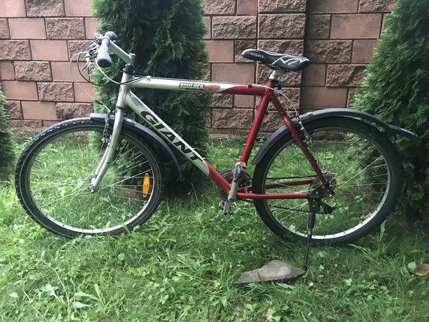 Велосипед горний Giant 26 колеса 21 передача Алюмінієвий