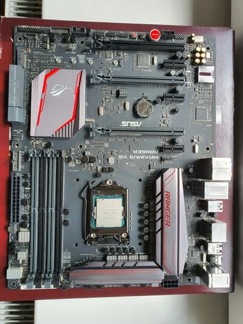 Материнка Asus MAXIMUS VIII RANGER+процессор i7-7700K+SSD 240 GB