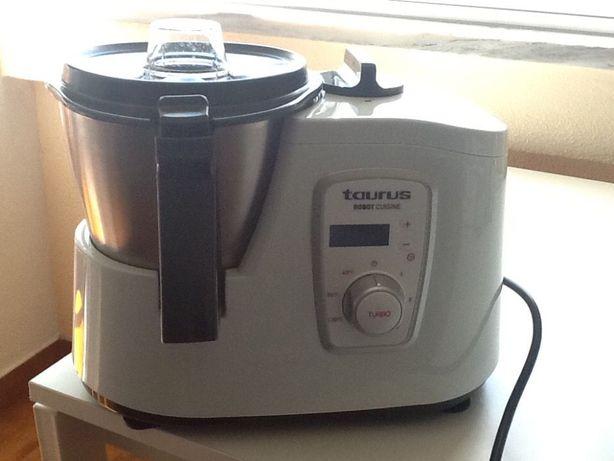 ROBOT Cozinha Taurus
