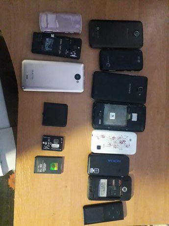 Продам телефони на запчасті