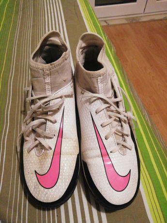 Chuteiras Nike Usadas