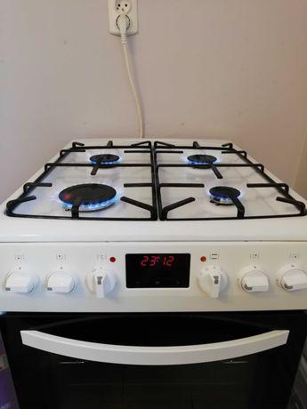 Kuchenka gazowa z piekarnikiem elektrycznym i butlą 11 kg