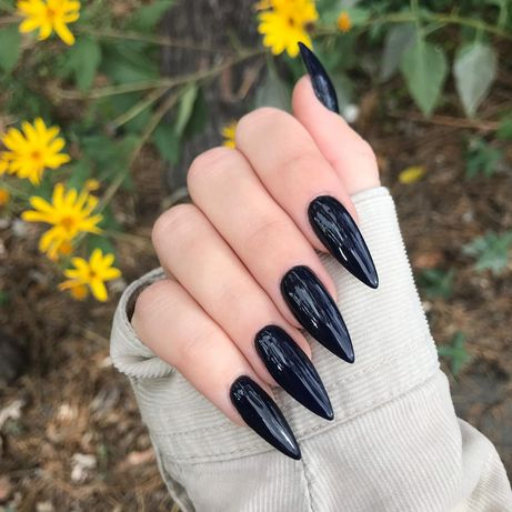 Наращивание ногтей метро Дарница