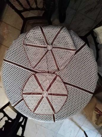 Conjunto de pano de camilha + 2 naperons em renda crochet