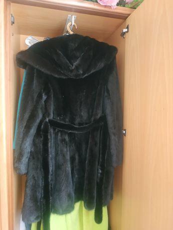 Шуба норковая темно коричневого цвета