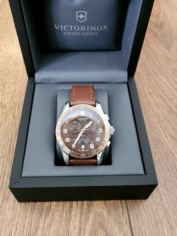 Мужские часы Victorinox Swiss Army CHRONO CLASSIC XLS V241653