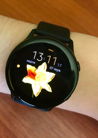 Часы Samsung Watch Active