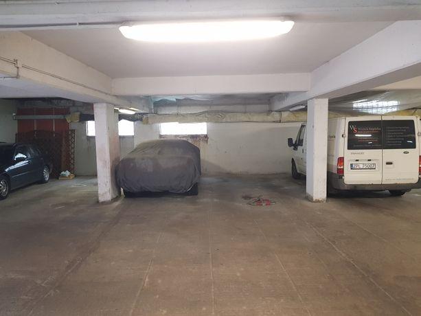 Miejsca postojowe na motocykl w garażu podziemnym ul. Duńska