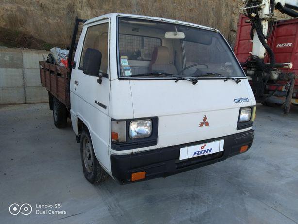 Mitsubishi L300 caixa aberta