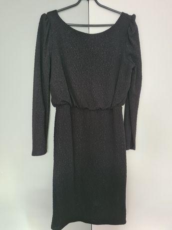 Czarna sukienka z drobinkami r. M