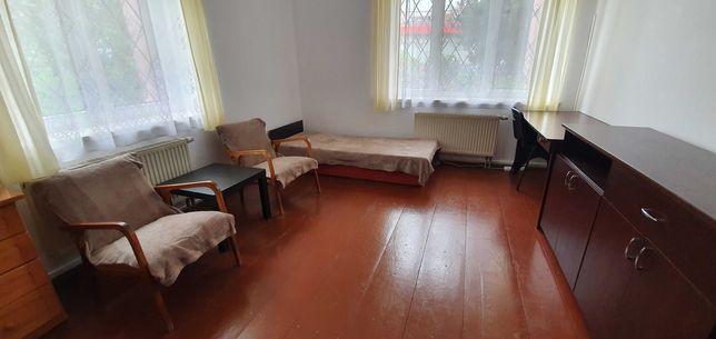 Duży pokój do wynajęcia dla 1 - 2 os.