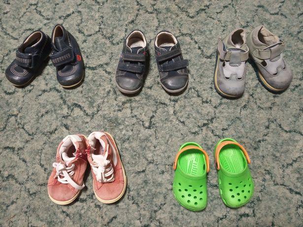 Обувь для малыша (ботинки, туфли, макасины, кроксы) 20-22 р
