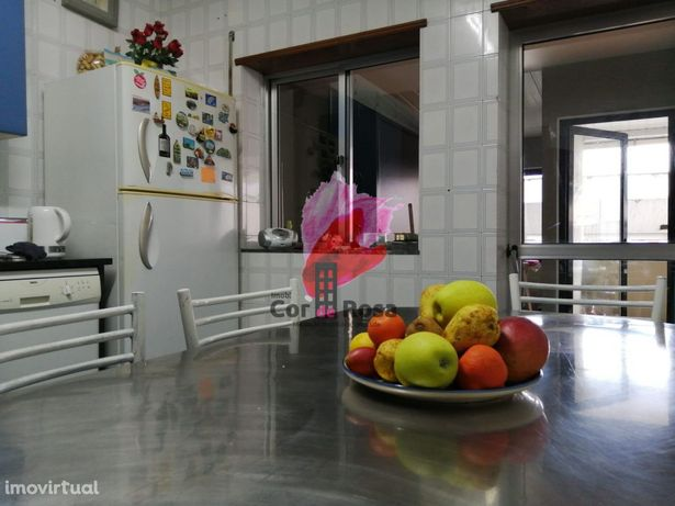 Apartamento T3+escritório c/terraço centro, Urgezes, Guimarães, Braga