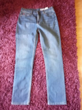 spodnie BIG STAR nowe , rozmiar W 32 L 32 niebieskie
